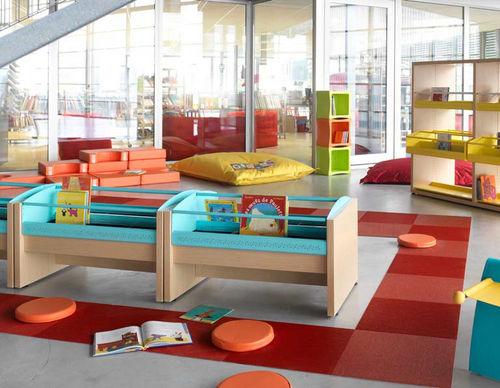 bibliothèque contemporaine / pour école maternelle / professionnelle / en bois