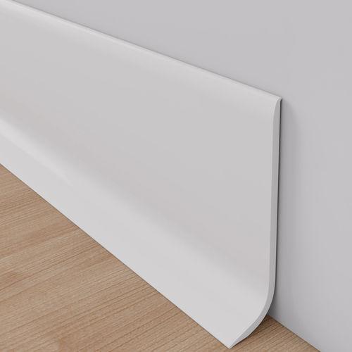 plinthe en PVC