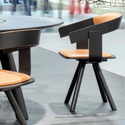 chaise de bureau contemporaine / avec accoudoirs / tapissée / en tissu