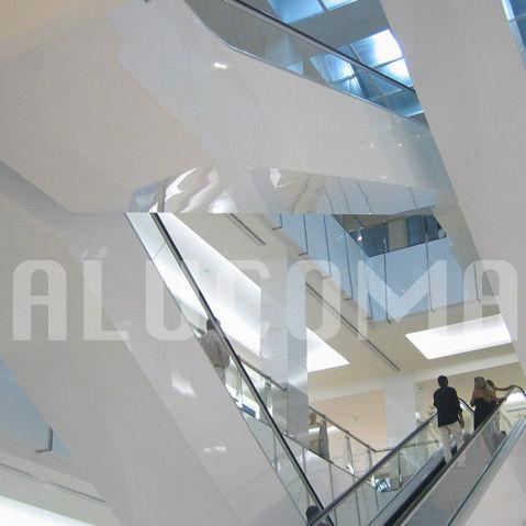 panneau décoratif de revêtement / en aluminium / composite / pour agencement intérieur