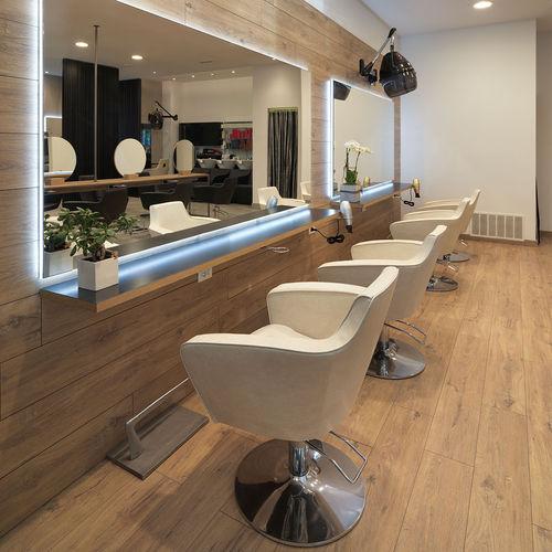 fauteuil de coiffure en simili cuir / piètement étoile / pivotant / blanc