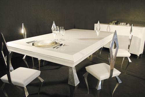 table à manger de style / en bois / avec piètement en aluminium / rectangulaire