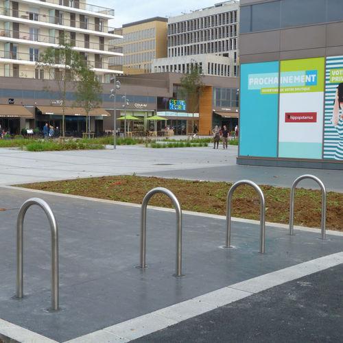 appui-vélo au sol
