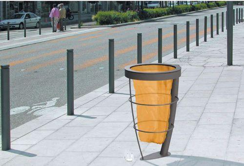 support de sac poubelle public