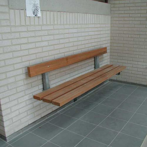 banc public / en bois exotique / en acier galvanisé / mural