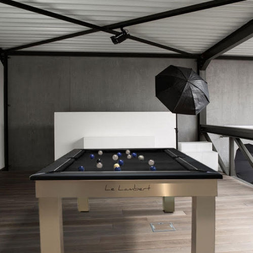 table de billard contemporaine