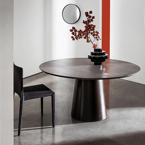 table à manger contemporaine / en plaqué bois / en bouleau / en acier inoxydable