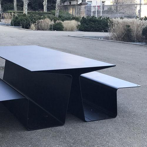 table de pique-nique contemporaine / en aluminium / rectangulaire / pour espace public