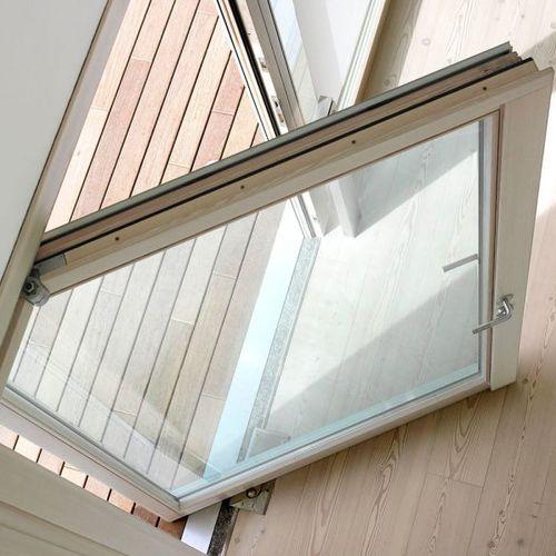 fenêtre basculante / en bois / en aluminium / en bronze