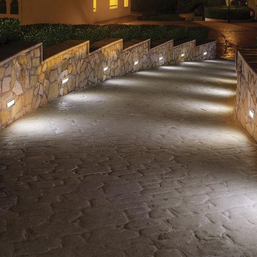 luminaire encastrable au mur / à LED / rectangulaire / d'extérieur