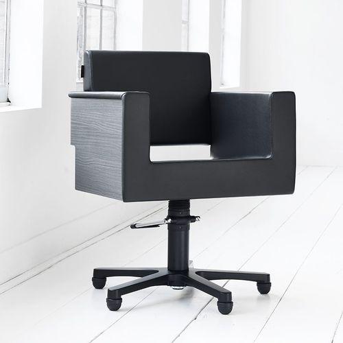 fauteuil de coiffure en bois / en simili cuir / piètement central / avec pompe hydraulique
