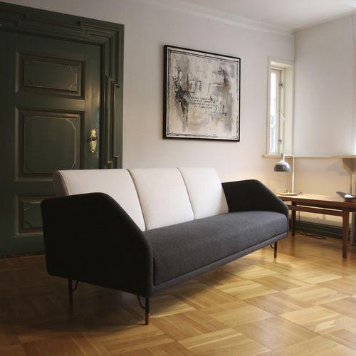 canapé design scandinave / en tissu / par Finn Juhl / 3 places