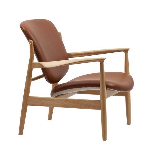 fauteuil design scandinave / en bois / en tissu / en cuir