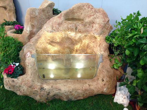 bassin de jardin en pierre
