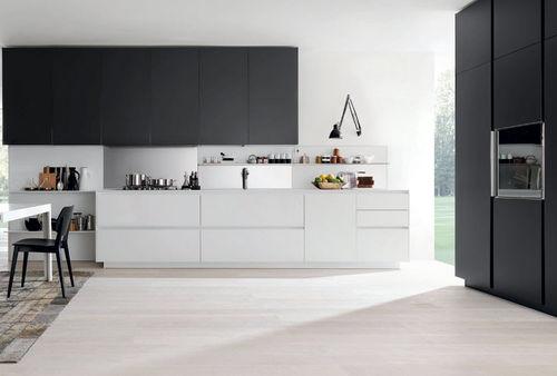 cuisine contemporaine / en verre / en aluminium / en aluminium laqué