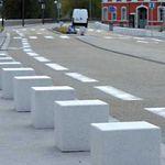 borne de protection / anti-stationnement / en béton