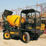 camion malaxeur hydraulique / pour le béton