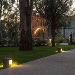 borne d'éclairage de jardin / urbaine / contemporaine / en acier galvanisé