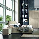 lit double / contemporain / tapissé / avec tête de lit en cuir
