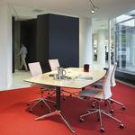 table de réunion contemporaine