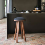 tabouret rustique / en bois massif / en tissu / en cuir