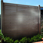 clôture de jardin / à lames / en bois