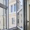fenêtre battante / oscillo-coulissante / à soufflet / en aluminium