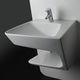 vasque suspendue / en céramique / contemporaine / avec étagère intégrée