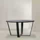 table contemporaine / en métal / avec piètement en métal peint / ronde