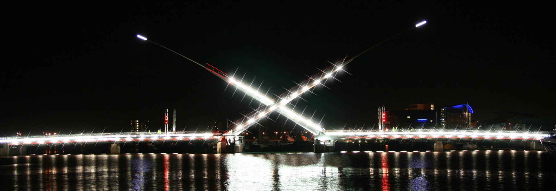 Barre de tension pour poteaux Macalloy S1030 - Twin Sails Brisge, Poole, UK