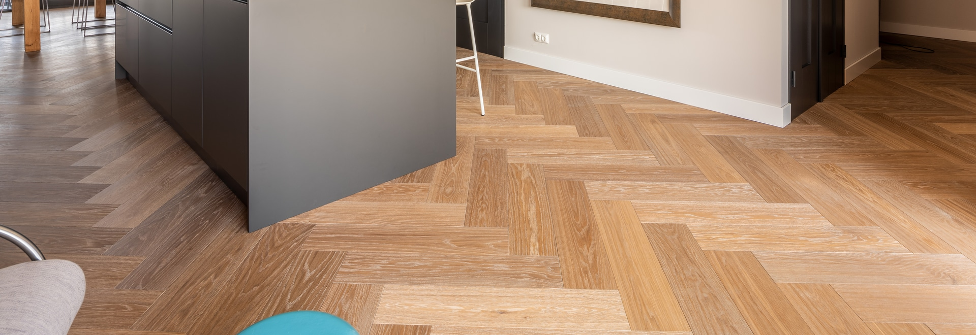 Dennebos Flooring plancher à chevrons en couleur G.08