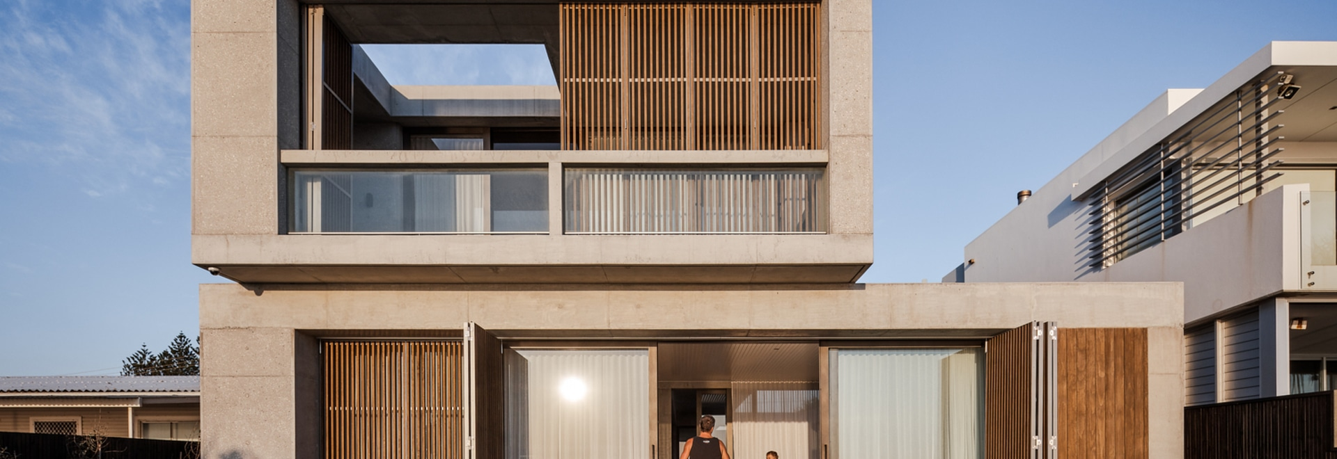 Mermaid Beach Residence / BE Architecture