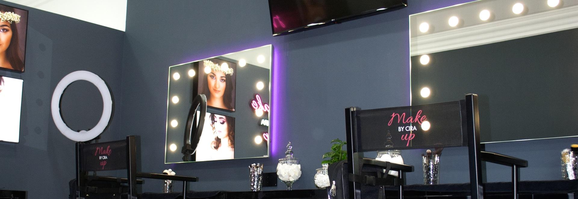 Miroirs éclairés Unica pour salon de beautè