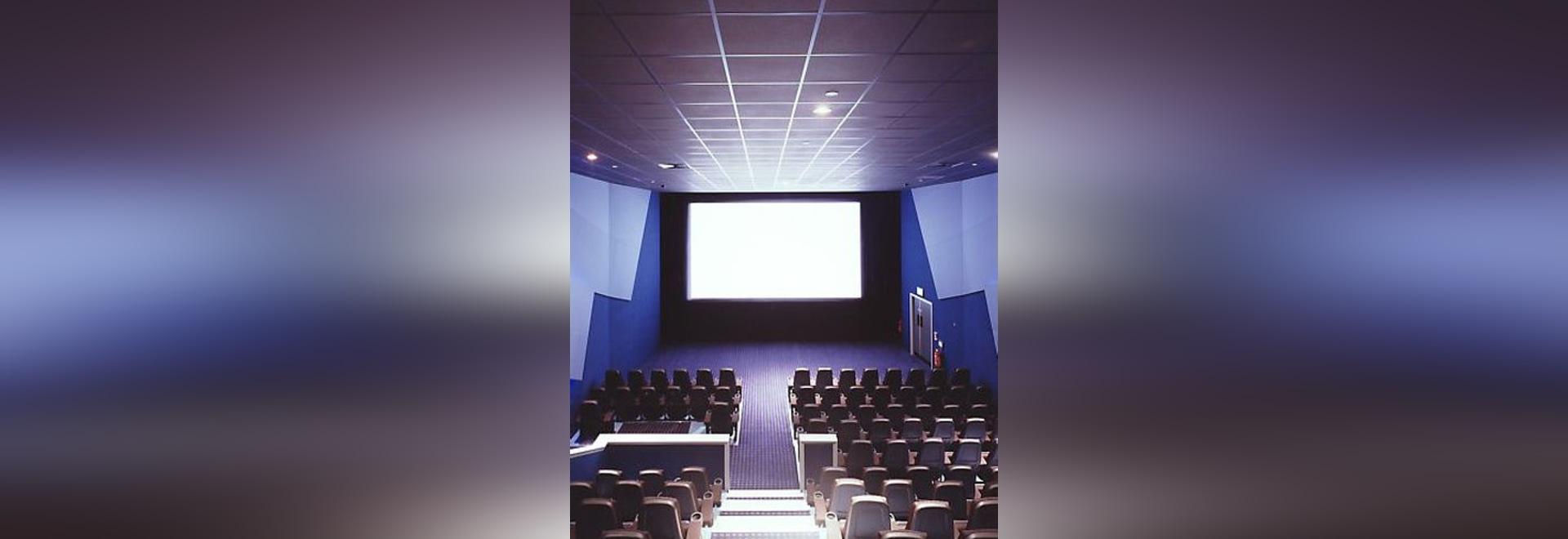 NOUVEAU : plafond suspendu acoustique par des plafonds d'Armstrong - l'Europe