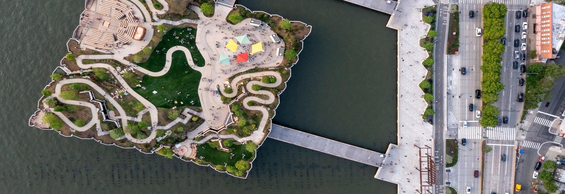 Ouverture du parc et du théâtre en plein air Little Island de Thomas Heatherwick sur l'Hudson