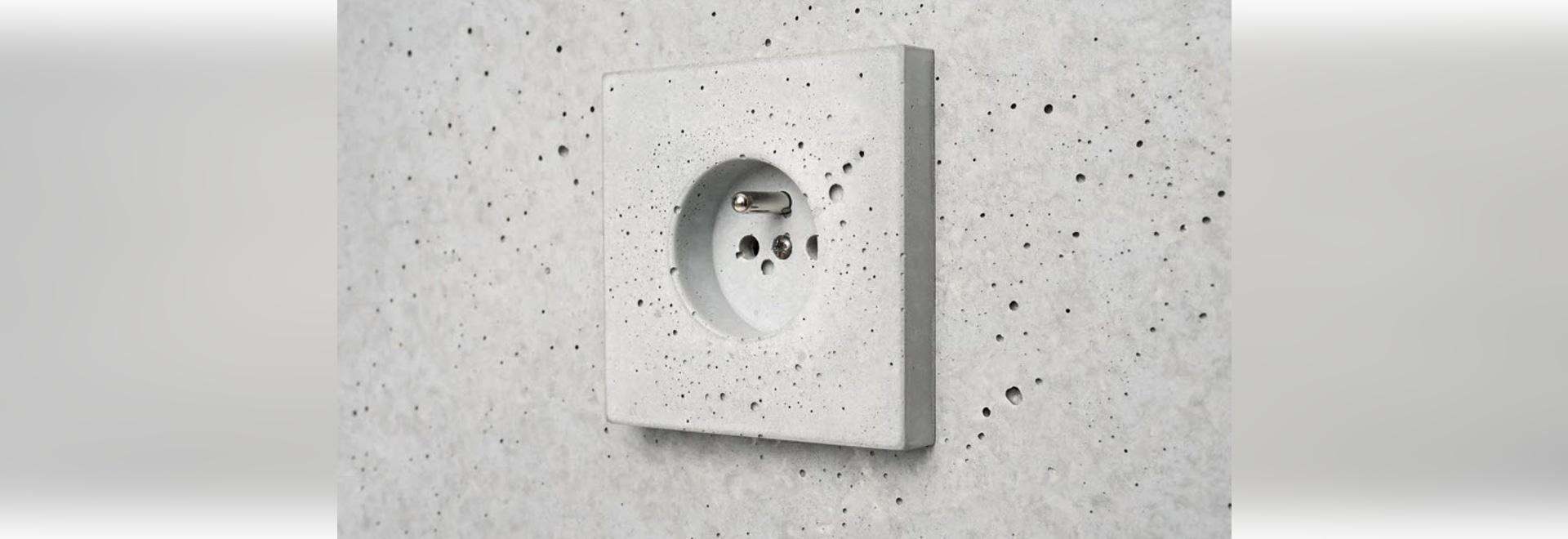Sekhina fabrique des interrupteurs et des prises en béton comme alternative durable au plastique