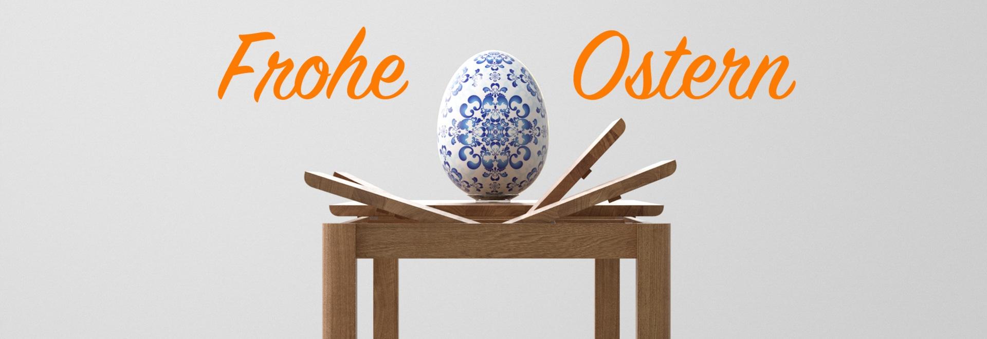 Tables de salle à manger extensibles pendant des mealtimes de famille. Joyeuses Pâques !