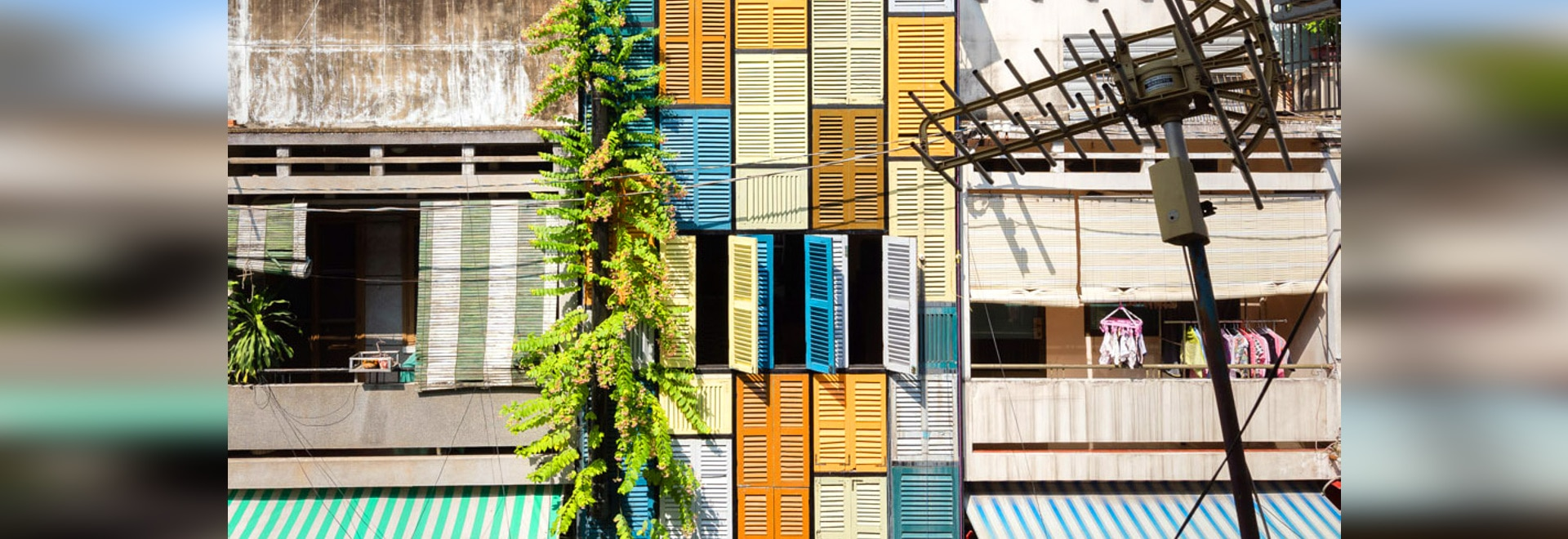 La ville de Ho Chi Minh, Vietnam, a gagné une addition avec du charme et colorée à ses voisinages paisibles. Maintenir en conformité avec autre traditionnel ? maisons de tube ? dans le secteur, la ...