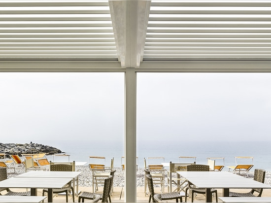 Med Twist - pergola bioclimatique