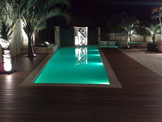 Nouvelle niche de piscine en béton