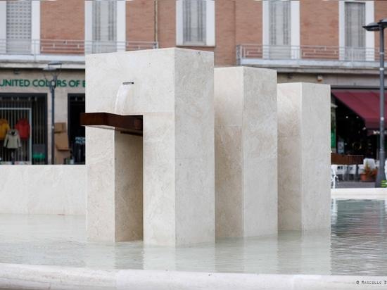 Un détail de la fontaine