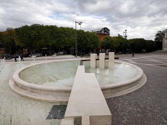 La fontaine de travertin