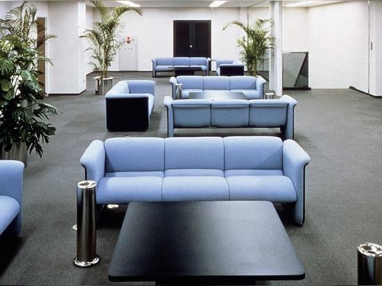 Prédécesseur historique de l'Insit : programme modulaire de meubles rembourrés 840 de ProduktEntwicklung Roericht. Photo : Wilkhahn