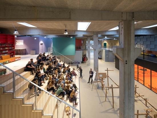 Lycée folklorique de festival de Roskilde/MVRDV + COBE