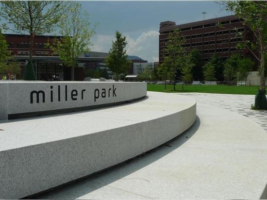 Miller Park par EskewDumezRipple et Spackman Mossop Michaels