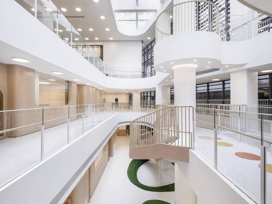 Jardin d'enfants Montessori à Xiamen / L&M Design