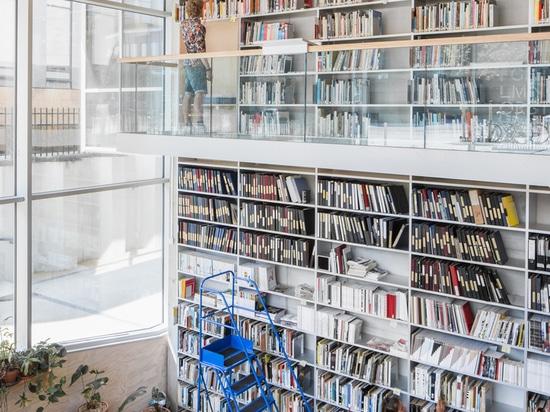 Académie Gerrit Rietveld et Institut Sandberg / Studio Paulien Bremmer + Hootsmans Architects