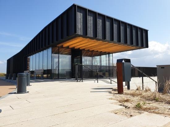 Qurios Zandvoort / 2by4-architectes