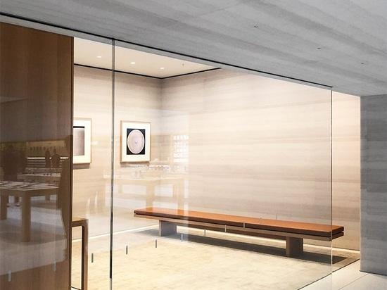 le fameux'cube' new yorkais de apple rouvre sur la cinquième avenue