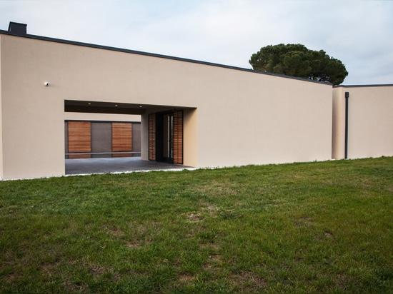 Casa MM : une résidence de campagne en toute intimité